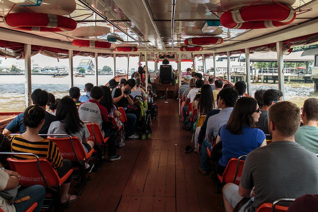 ספינת תיירים בבנגקוק