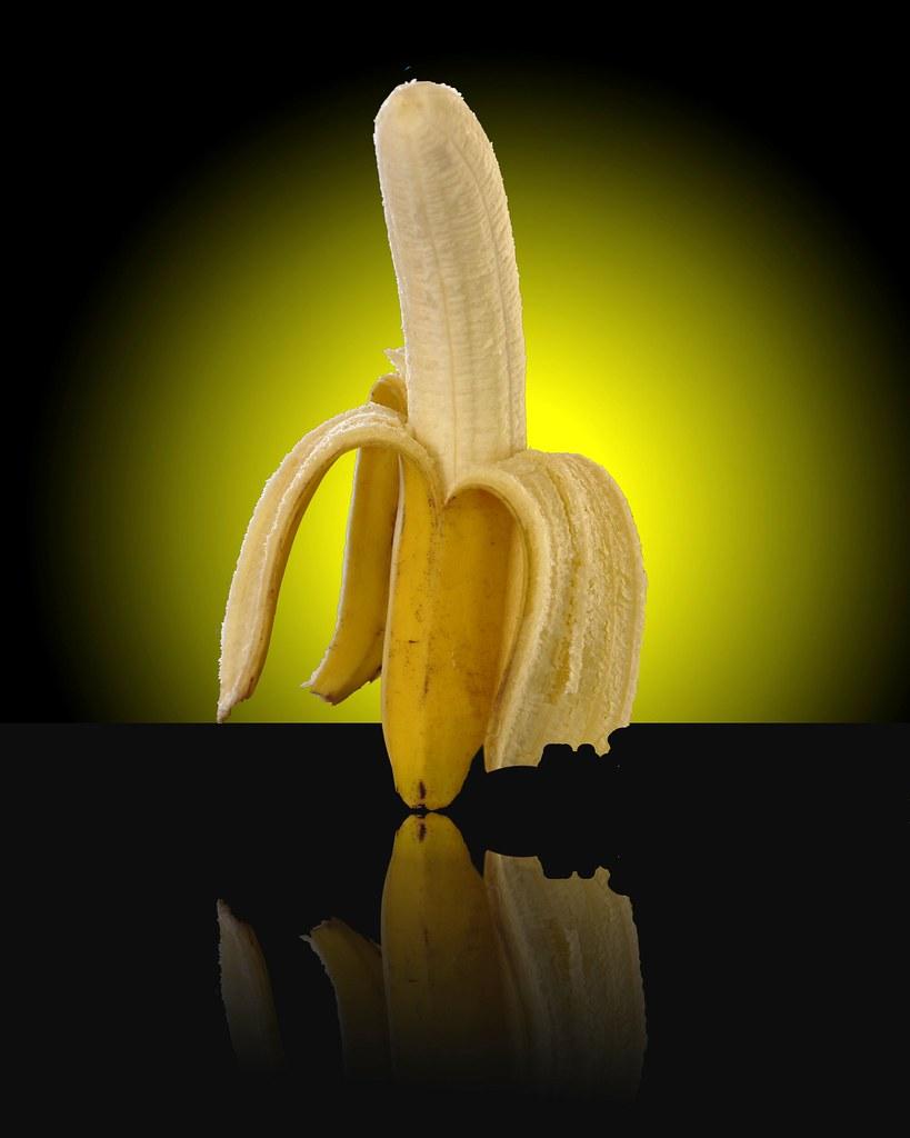 banana-reflection