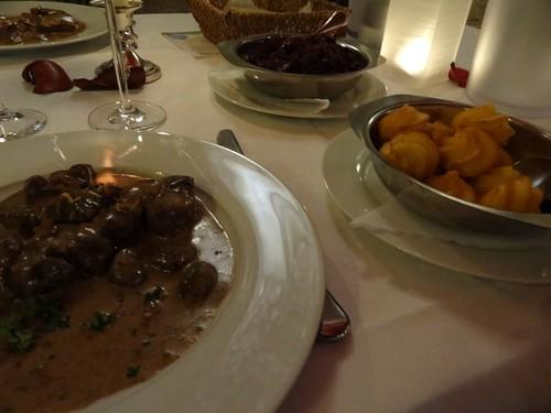 Restaurant Scharf Harburg Hirschfilet mit Waldpilz-Cognac-Sauce