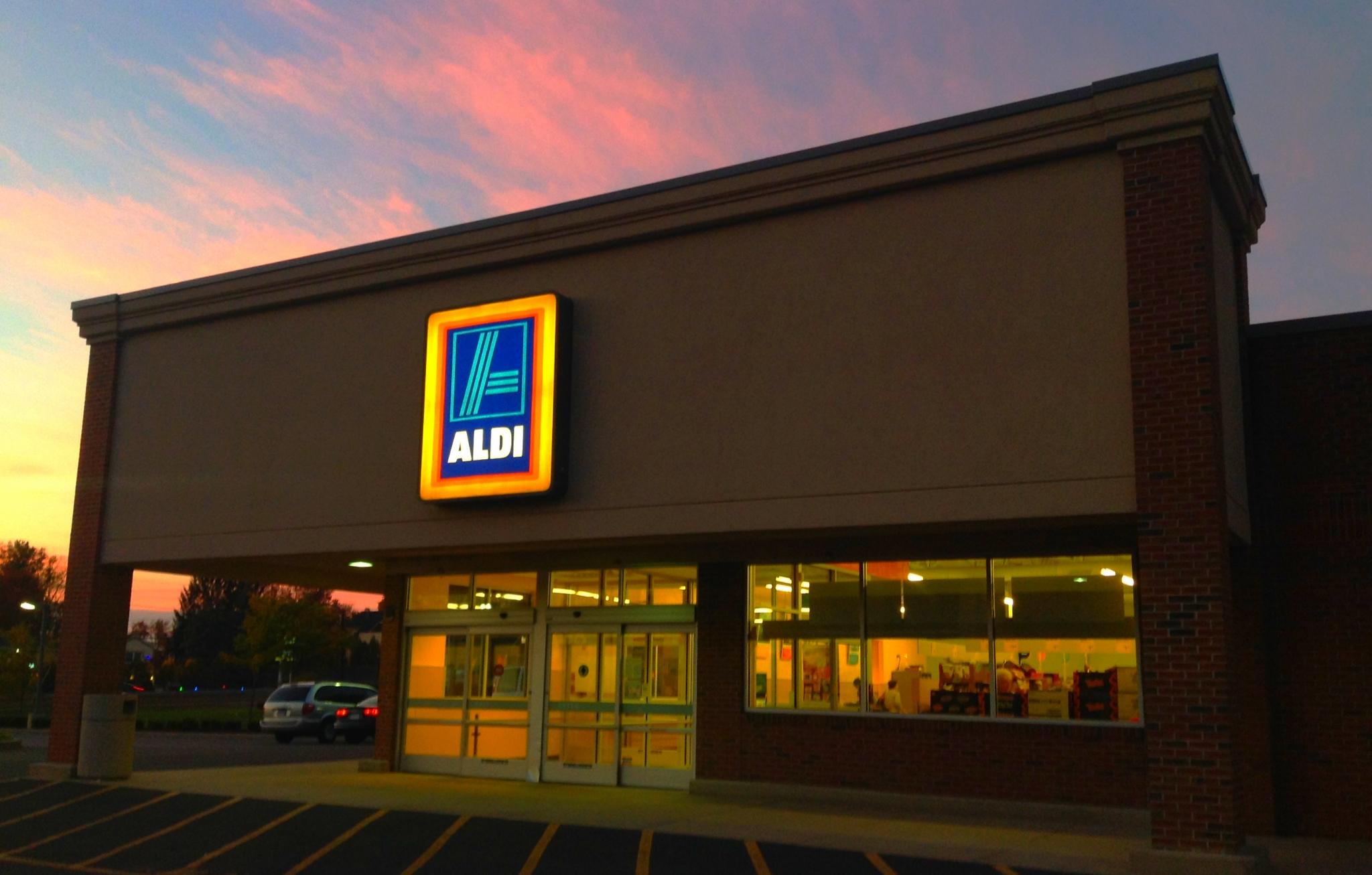 Aldi Food Store Dead Wood Sd