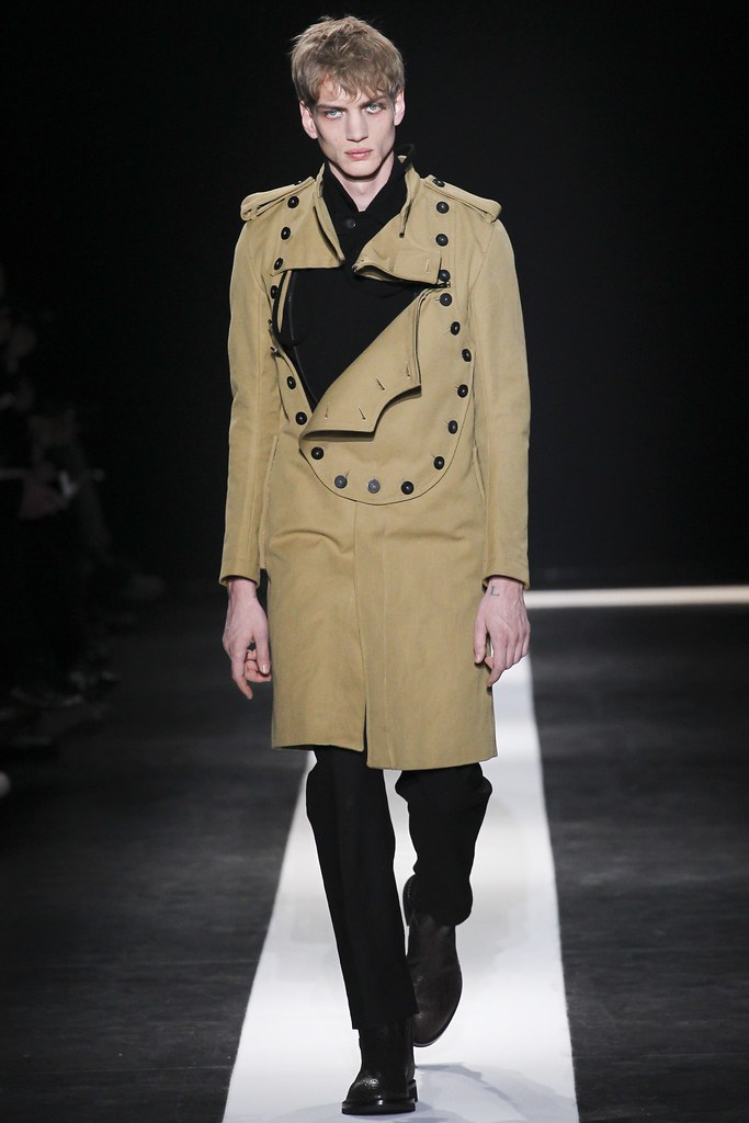 Paul Boche3638_FW15 Paris Ann Demeulemeester(VOGUE)