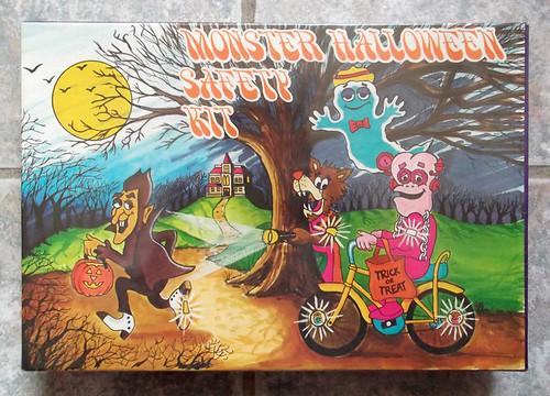 Vintage 1977 Monster Cereal Halloween Safety Kit