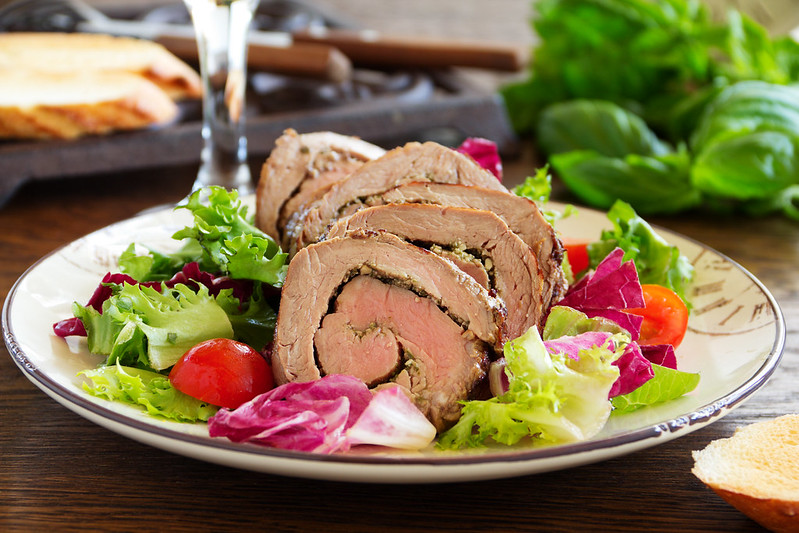 Roast beef with pesto and salad.