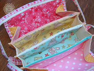 Touch of Spring- cosmetic bag (inside)