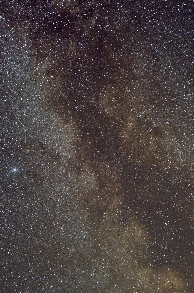 milky way widefield with Nikkor 50mm F1.8