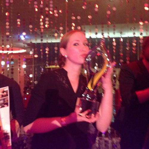 And the winner is: Ramona aus der #Ducktails Bar des #Westin München mit der Kreation Femme Fatale. #Martell #Cognac #Cocktail #Wettbewerb #Leonardo #Royal #München #Barmixer #Barkeeper #Barista #Mixology #Cognacdrinks #Cocktails #Drinks #Bar #Hotelbar #H