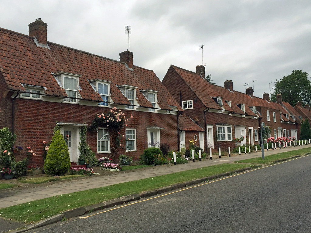 welwyn garden city muslim Find students looking for rooms to rent and students offering rooms to rent in all uk towns and cities share student accommodation and meet new friends.