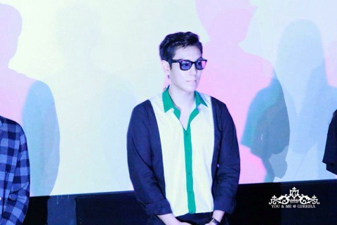 TOP-HQs-StageGreeting-Day3-20140908(2)