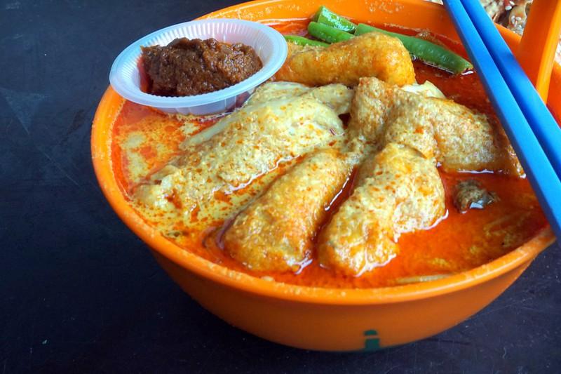 curry me - imbi morning market