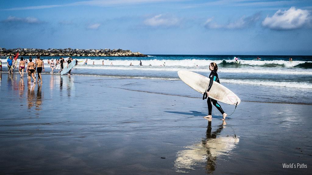 surfisti a San Sebastian
