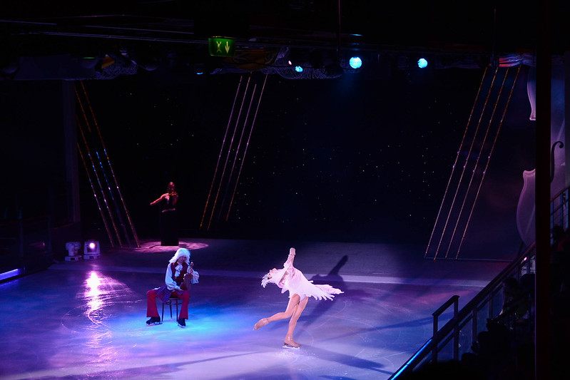 Strings - Ice Show