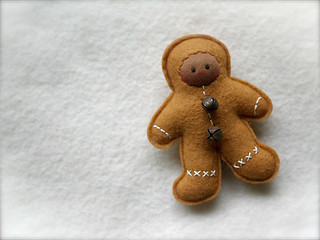 CARAMEL Gingerbread Man: brown