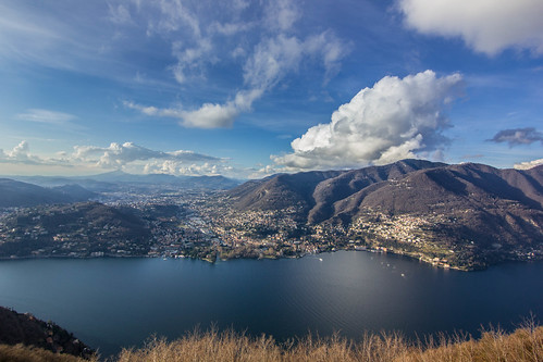 blue sky italy cloud lake como clouds canon landscape eos kiss europe view cloudy tokina x4 2015 1116mm eos550d