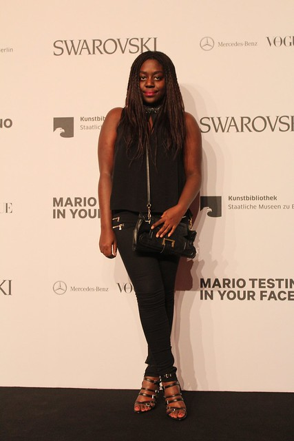 Lois Opoku Mario Testino in your face vogue opening party berlin lisforlois