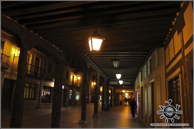 Soportalado de la Calle Mayor de de El Burgo de Osma (Soria)