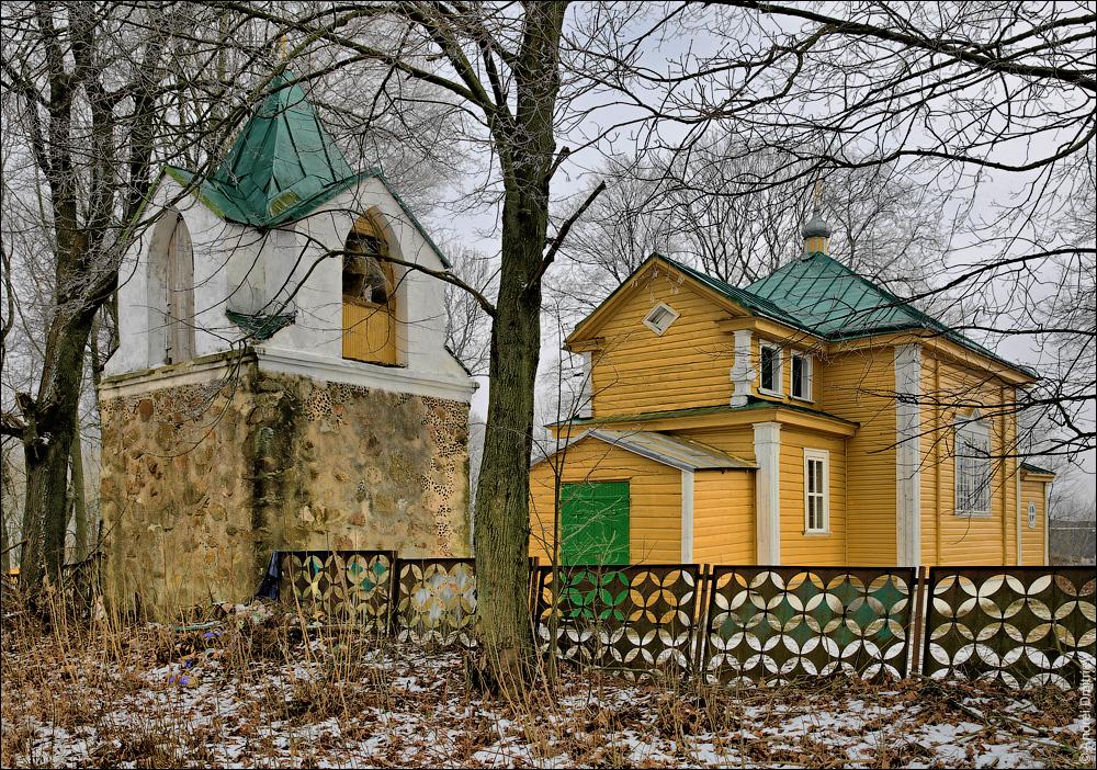 Делятичи, церковь Крестовоздвиженская