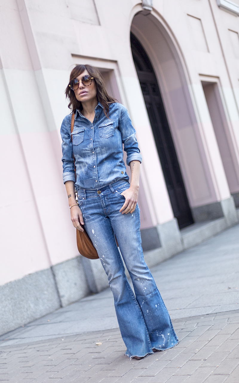 street style barbara crespo flared victoria beckham denim jeans marc by marc jacobs bag fashion blogger outfit blog de moda