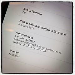 Nice! Då har jag nerdversionen av Android på surfplattan. Eller pekdatorn, som den själv kallar sig.