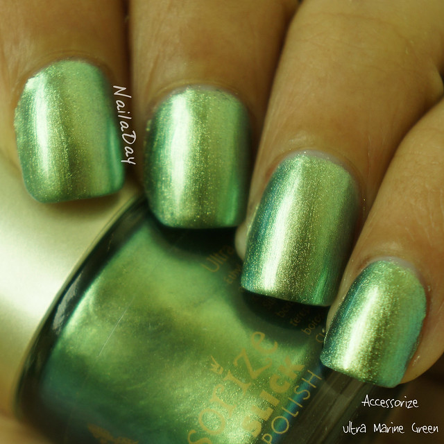 NailaDay: Accessorize Ultra Marine Green
