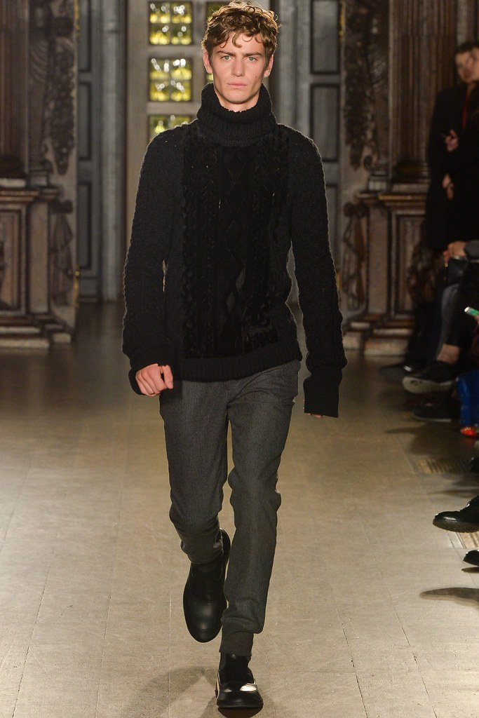 FW15 London Pringle of Scotland032_Ben Allen(VOGUE)