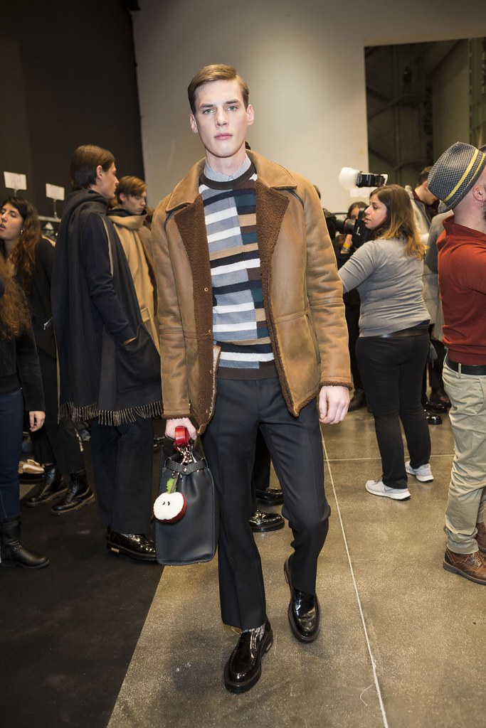Tim Meiresone3169_FW15 Milan Fendi(fashionising.com)