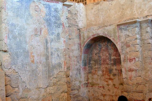 Frescos conservados en la iglesia de San Nicolás Santa Claus y su vida en Turquía - 16085971362 5ac42e1aaa z - Santa Claus y su vida en Turquía