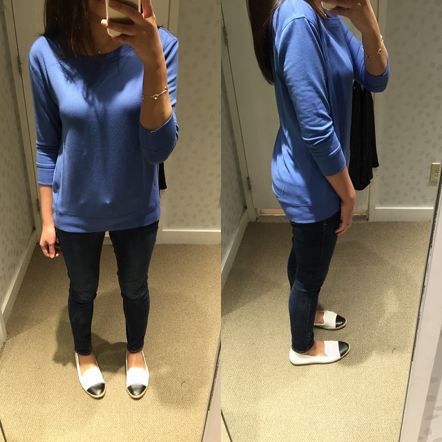 LOFT Essential Sweatshirt, size XS