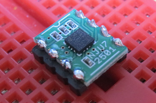 圧電サウンダ駆動モジュール NJU72501