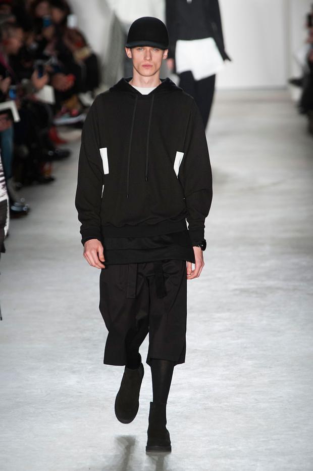 Yulian Antukh(Antuh)3144_FW15 NY Public School(fashionising.com)