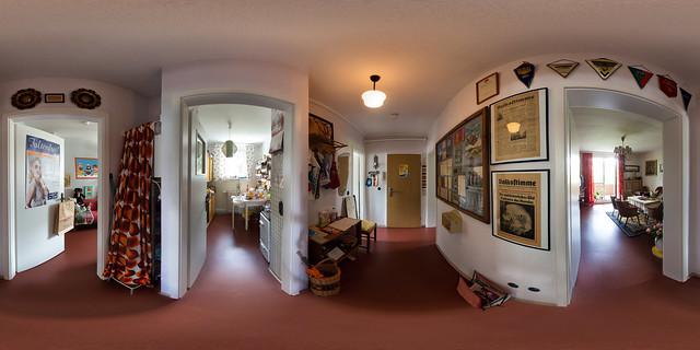 Alltag in der DDR / Der Korridor (360 x 180)