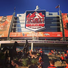 Countdown to kickoff #HouvsDen #Broncos #NFL