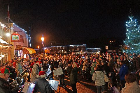Carols on The Green