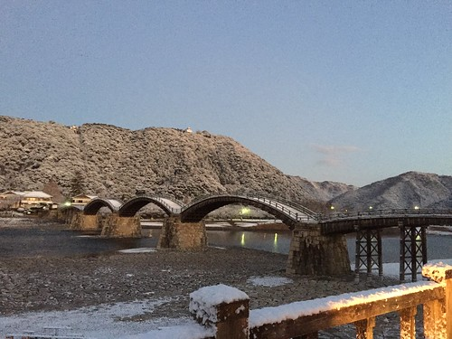 雪の錦帯橋