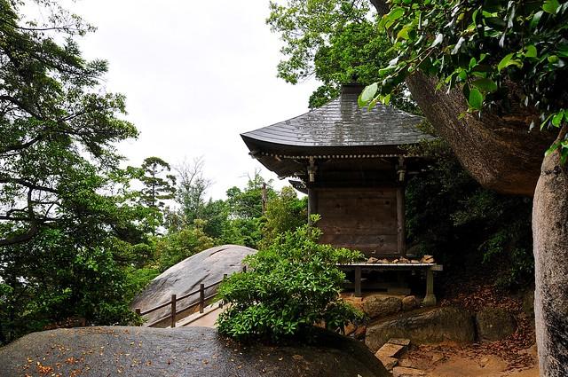Shrine shelter on Mount Misen