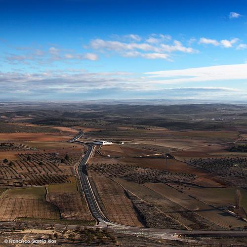 Carretera de las Peñas./ Las Peñas Road (Albacete, Spain).