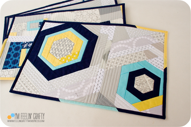 Placemats-Hexagons-ImFeelinCrafty