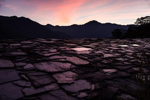 roof sunset rooftop stone 台灣 新竹 smangus 司馬庫斯 尖石鄉 臺灣省 石板屋頂