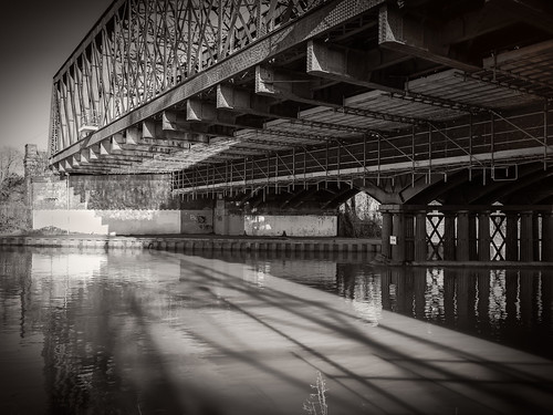 bridge black reflection blanco canon reflections landscape reflecting blackwhite under andre blanc blackandwhitephotography blancinegre blackwhitephotography 18135 blackandwhiteart blackandwhitephotographs blackandwhitepictures delhaye canon18135 blackandwhitephotographer andredelhaye blackandwhitephotographypictures blackandwhitephotographers canoneos70d canon70d andredelhayenet delhayeandre andredelhayephotographer canon18135mmstm canon18135stm andrejulio andrejuliophotographer