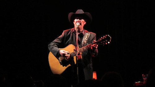 Kinky Friedman Playing