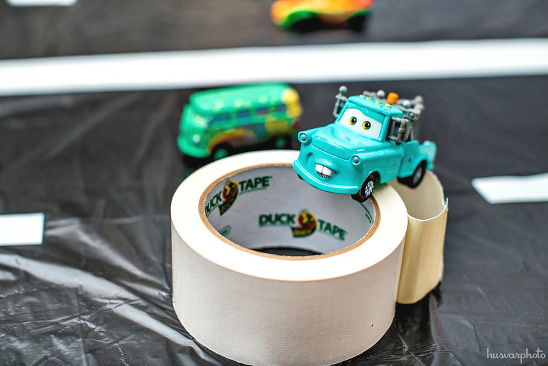 DIY trashbag racetrack #Disneyside