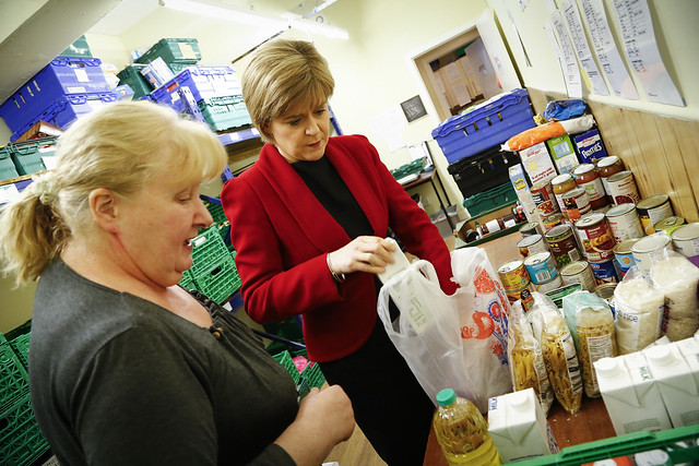 First Minister visits the Trussell Trust foodbank in Dundee