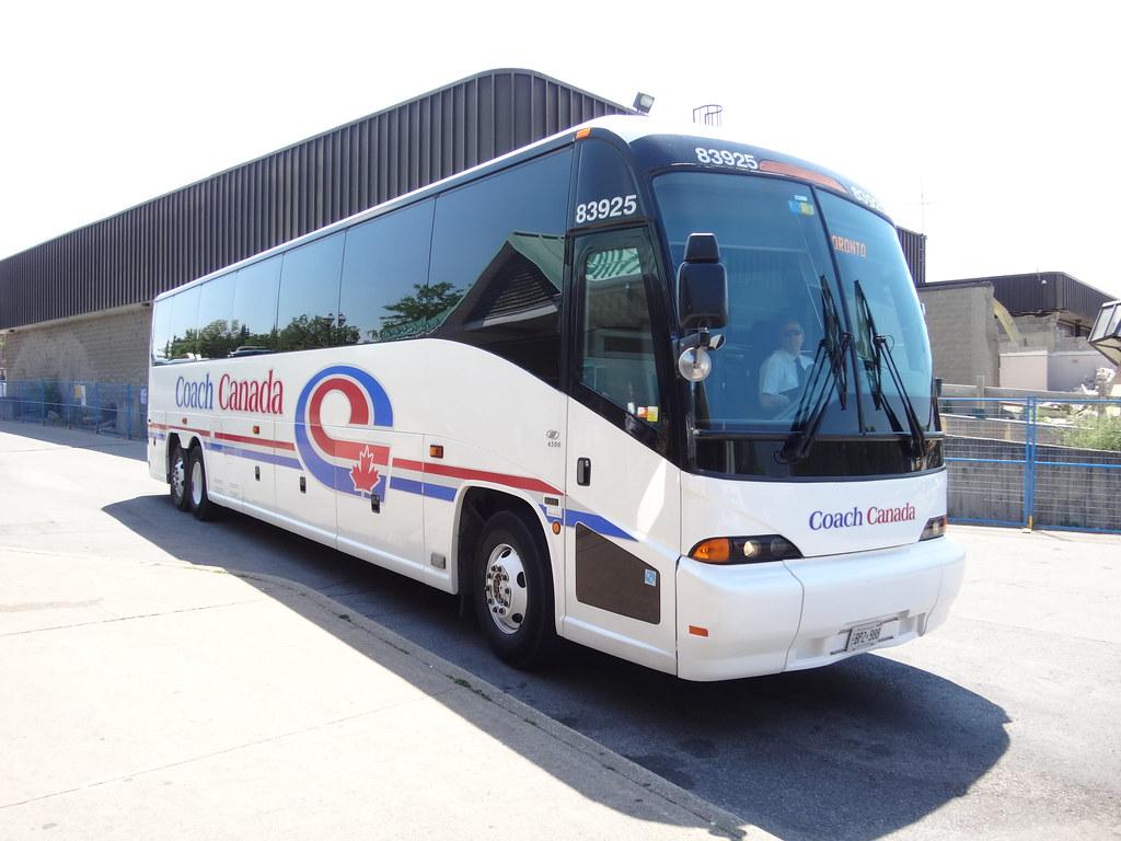Coach Canada MCI J4500 83925