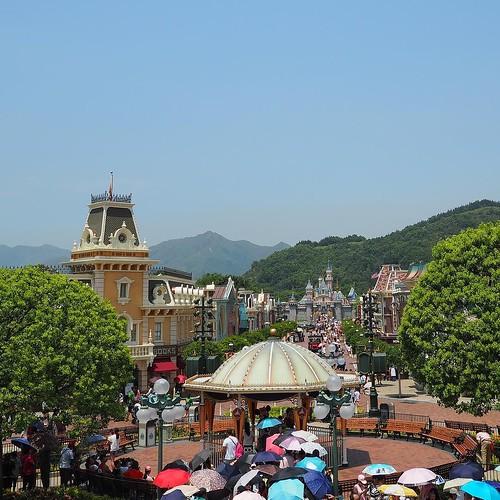 いい風景。香港ディズニーランドっぽい。