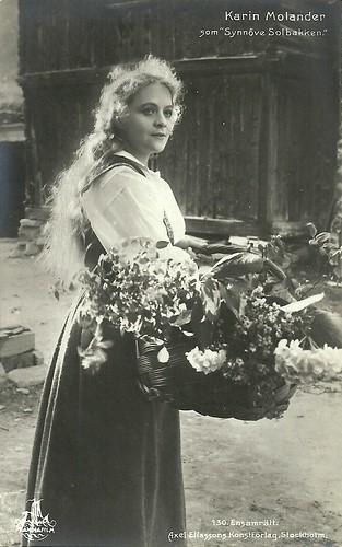 Karin Molander in Synnöve Solbakken