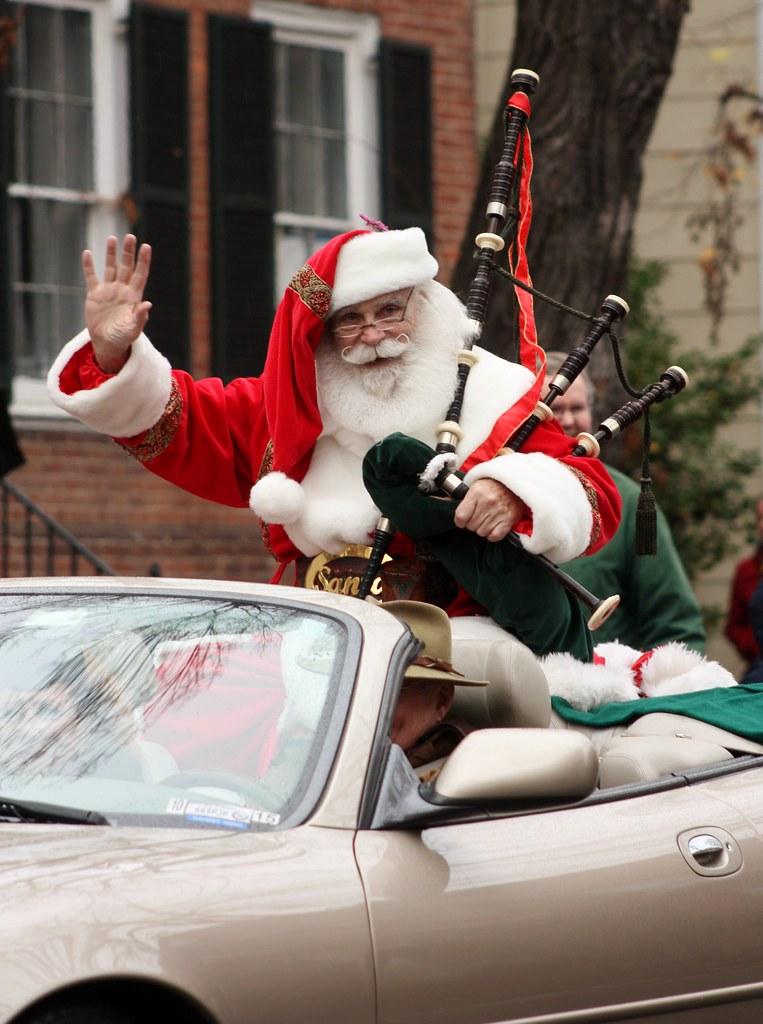 Scottish Parade Santa