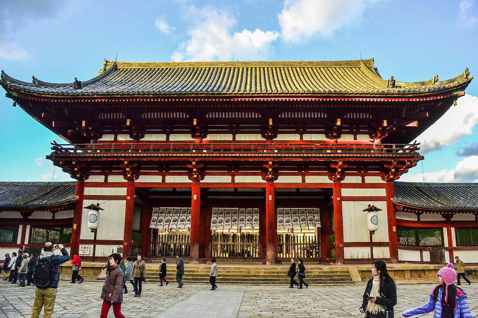 A Fabulous Day Trip to Nara (奈良市)