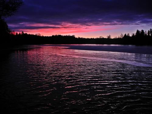 november sky cloud lake ice clouds sunrise finland geotagged purple v bluehour fin järvenpää uusimaa vihti 2013 vichtis palojärvi 201311 20131130 geo:lat=6029098452 geo:lon=2439280693