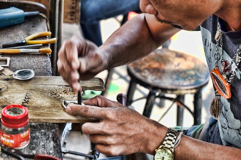 amuletcasemaker