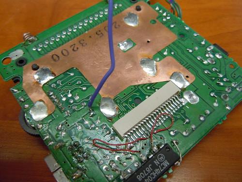 Nintendo Gameboy wire clock glitching