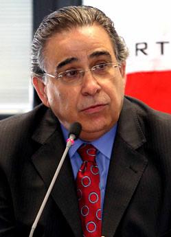 Alberto-Pinto-Coelho, Governador de Minas Gerais
